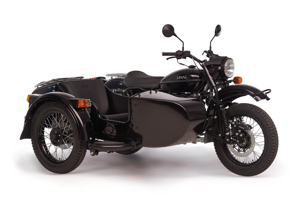 Ural cT black metallic 2